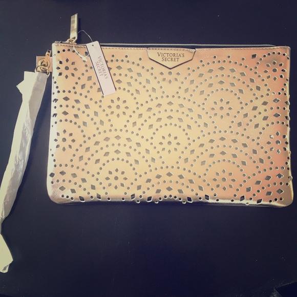 Victoria's Secret Handbags - NWT ROSE GOLD VICTORIAS SECRET LARGE WRISTLET